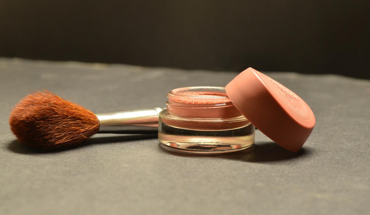Aplicación del dióxido de titanio en cosméticos
