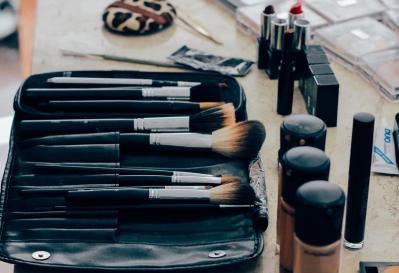 ¿Cómo se elaboran los cosméticos?